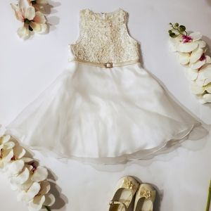 David's Bridal Ivory Flower Girl's Dress▪︎Size 2T